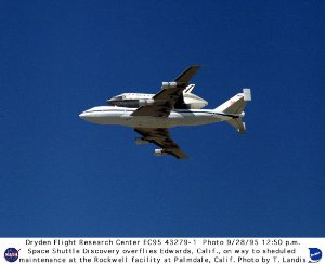 Shuttle Discovery Overflight of Edwards Enroute to Palmdale, California, Maintenance Facility