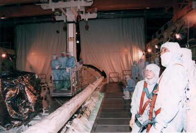 STS-72 Crew during Crew Equipment Interface Test