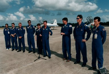STS-78 crew arrive for TCDT