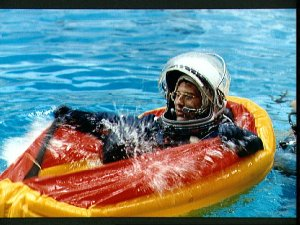 STS-37 Mission Specialist (MS) Jerome Apt floats in raft in JSC's WETF pool