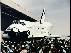 Endeavour, OV-105, rollout with STS-49 crew at RI, Palmdale, California