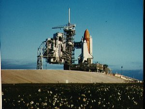 Shuttle Discovery arrives at Pad A for STS 51-C
