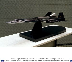 SR-71 wind tunnel scale model with LASRE pod