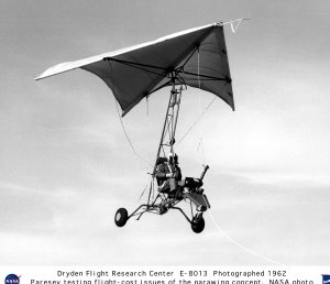 Paresev 1 in Flight on Tow