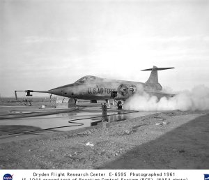 JF-104 ground testing reaction control system (RCS) jets