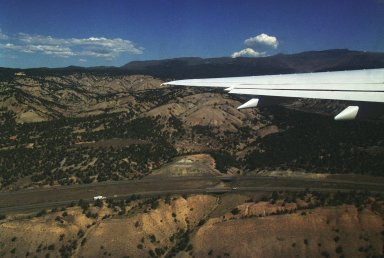 Synthetic Vision Systems (SVS) Aries 757 Colorado Springs 2001 Deployment