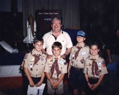 Apollo XIII Astronaut Fred Haise Visits Stennis