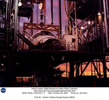 STS-92 - Orbiter in Mate-Demate Device (MDD)