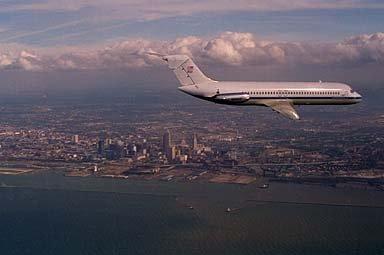 DC-9 AIRPLANE OVER NASA CLEVELAND SEPTEMBER 23 1994