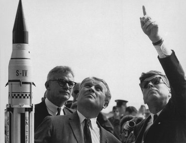 Seamans, von Braun and President Kennedy at Cape Canaveral