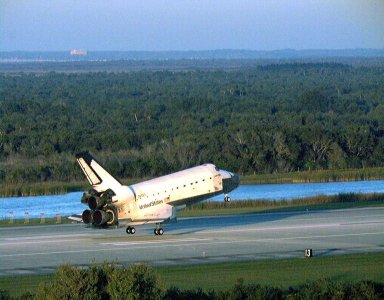 With Commander Kevin Kregel and Pilot Steven Lindsey at the controls, the orbiter Columbia glides moments before its touchdown on Runway 33 at KSC?s Shuttle Landing Facility. Main gear touchdown occurred at 7:20:04 a.m. EST on Dec. 5 to complete the 15-day, 16-hour and 34-minute-long STS-87 mission of 6.5 million miles. Also onboard the orbiter are Mission Specialists Winston Scott; Kalpana Chawla, Ph.D.; and Takao Doi, Ph.D., of the National Space Development Agency of Japan; along with Payload Specialist Leonid Kadenyuk of the National Space Agency of Ukraine. During the 88th Space Shuttle mission, the crew performed experiments on the United States Microgravity Payload-4 and pollinated plants as part of the Collaborative Ukrainian Experiment. This was the 12th landing for Columbia at KSC and the 41st KSC landing in the history of the Space Shuttle program