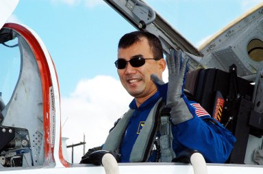 KENNEDY SPACE CENTER, FLA. - STS-114 Mission Specialist Soichi Noguchi arrives at the KSC Shuttle Landing Facility in a T-38 jet aircraft. Noguchi, who is with the Japan Aerospace Exploration Agency (JAXA), is taking part in crew equipment and orbiter familiarization along with other mission crew members.