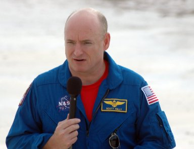 KENNEDY SPACE CENTER, Fla. -- In the slidewire basket bunker area of Launch Pad 39A, STS-118 Commander Scott Kelly talks to the media at a press conference before the crew's morning training activities in the terminal countdown demonstration test, or TCDT. Those activities include M-113 training, payload familiarization, the emergency egress training at the pad and a simulated launch countdown. The mission is the 22nd flight to the International Space Station and Space Shuttle Endeavour will carry a payload including the S5 truss, a SPACEHAB module and external stowage platform 3. STS-118 is targeted for launch on Aug. 7. Photo credit: NASA/Ken Thornsley