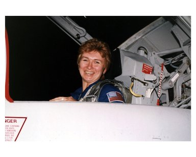 STS-84 Mission Specialist Elena V. Kondakova, a cosmonaut with the Russian Space Agency, arrives at KSC?s Shuttle Landing Facility. This will be Kondakova?s first flight on a U.S. Space Shuttle, but her second trip into space. She spent 169 days in space as flight engineer of the 17th main mission on the Russian Space Station Mir from October 1994 to March 1995. STS-84 will be the sixth docking of the Space Shuttle with the Mir. During the STS-84 docking, Mission Specialist C. Michael Foale will transfer to the Russian space station to become a member of the Mir 23 crew, replacing U.S. astronaut Jerry M. Linenger, who will return to Earth on Atlantis. Foale is scheduled to remain on Mir about four months until his replacement arrives on STS-86 in September
