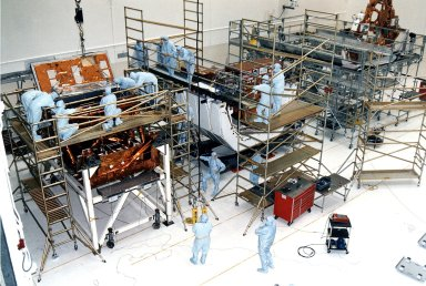 KENNEDY SPACE CENTER, FLA. - Workers in KSC's Vertical Processing Facility make final prelaunch prepartions to various payload elements that are part of the second Hubble Space Telescope (HST) servicing mission, STS-82. Liftoff is targeted Feb. 11 aboard Discovery with a crew of seven.