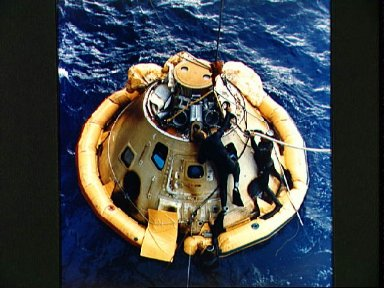 Recovery of Apollo 6 unmanned spacecraft