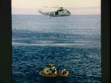 Navy helicopter arrives to recover Apollo 10 astronauts