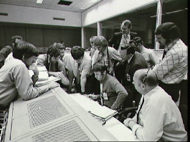 Skylab flight controllers and JSC Officials in Mission Control Center