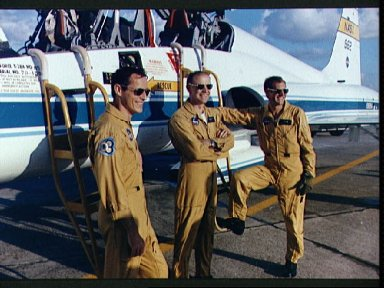Skylab 4 crewmen at Ellington AFB before flying to Kennedy Space Center