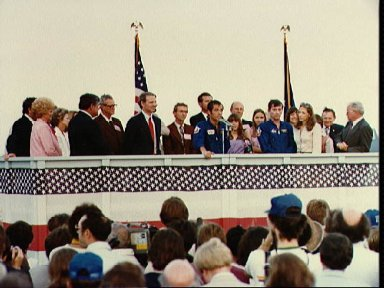 STS-1 crew, State and White House dignitaries during crew return at Ellington