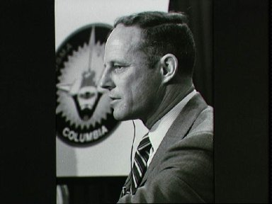 Pre-STS-3 press conference held at the JSC public affairs facility