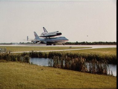 Return of the Columbia to KSC after its STS-3 mission