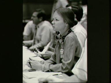 MOCR activity during STS-4 mission