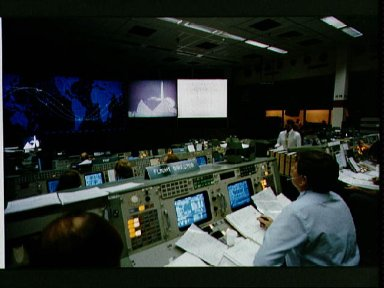 Day 3 activities in the MOCR during STS-5 mission