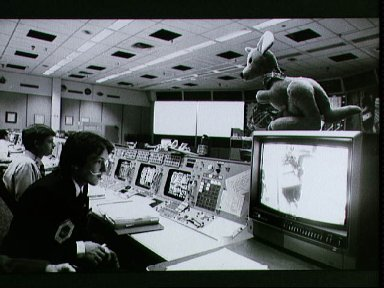 Day 4 activities in the MOCR during STS-5 mission