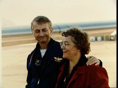 Views of departure of STS-9 crew from Ellington for KSC