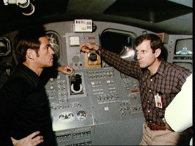 Astronauts Crippen and Hart discuss duties on 41-C mission