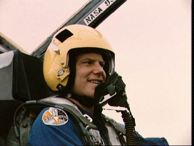 STS-26 Mission Specialist Nelson in T-38 rear station at Ellington Field