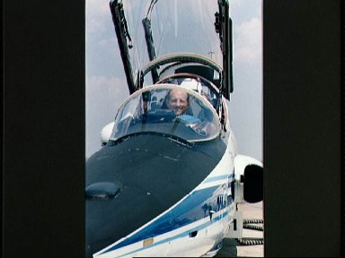 STS-26 Commander Hauck in forward T-38 cockpit prepares for departure to KSC