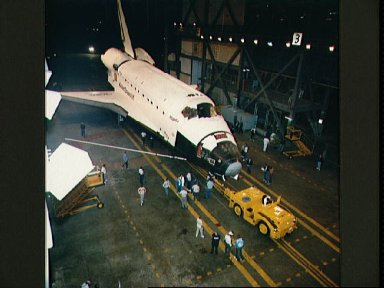 STS-27 Atlantis, Orbiter Vehicle (OV) 104, is towed into the VAB at KSC