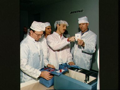 STS-29 Discovery, OV-103, crewmembers during bench review at Boeing FEPF