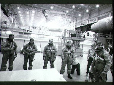 STS-28 Columbia, OV-102, crewmembers train in JSC Mockup and Integration Lab