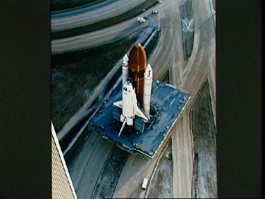 STS-36 Atlantis, OV-104, begins its roll out to KSC LC Pad 39A