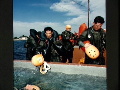 STS-47 Japanese Payload Specialist Mohri during Homestead water training