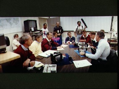 STS-45 crewmembers during LINHOF camera briefing in JSC's Bldg 4 rm 2026A