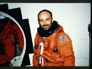 STS-46 Payload Specialist Malerba, in LES, during for JSC egress training