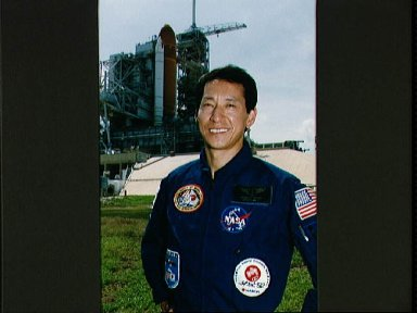 STS-47 Payload Specialist Mohri participates in KSC TCDT