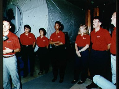 STS-47 crew and backups at MSFC's Payload Crew Training Complex