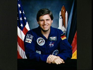 Official portrait of STS-55 SL-D2 Payload Specialist 1 Ulrich Walter