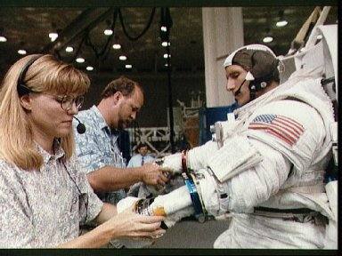 STS-64 extravehicular activity training view
