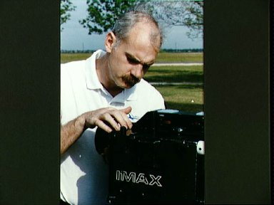 STS-51 crew learns to use the IMAX camera at Rocket Park