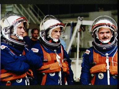 STS-67 payload specialists during bailout training at WETF