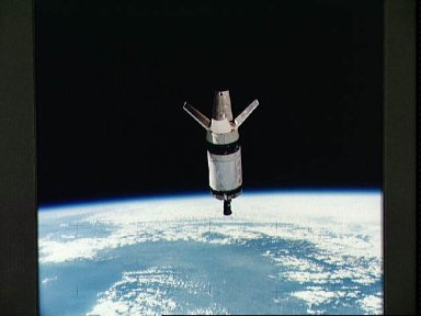 View of the expended S-IVB second stage of Skylab 3 space vehicle