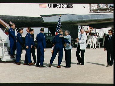 STS-26 crew is greeted by VP Bush and NASA Officials Truly and Fletcher
