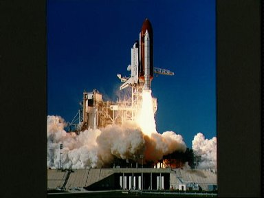 STS-27 Atlantis, OV-104, lifts off from KSC Launch Complex (LC) Pad 39B