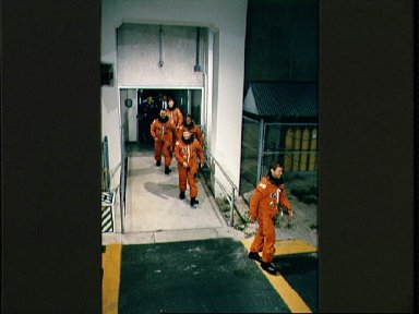 STS-28 Columbia, OV-102, crewmembers leave KSC O and C Bldg en route to LC Pad 39